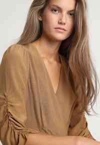 See u Soon - DRESS - Sukienka letnia - brassy - 3