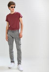 Schott - TRRANGER - Pantaloni cargo - grey - 1