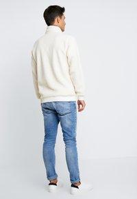 Schott - ANDRIC  - Fleece trui - offwhite - 2