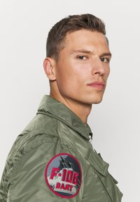 Schott - Bomber Jacket - sage kaki - 5