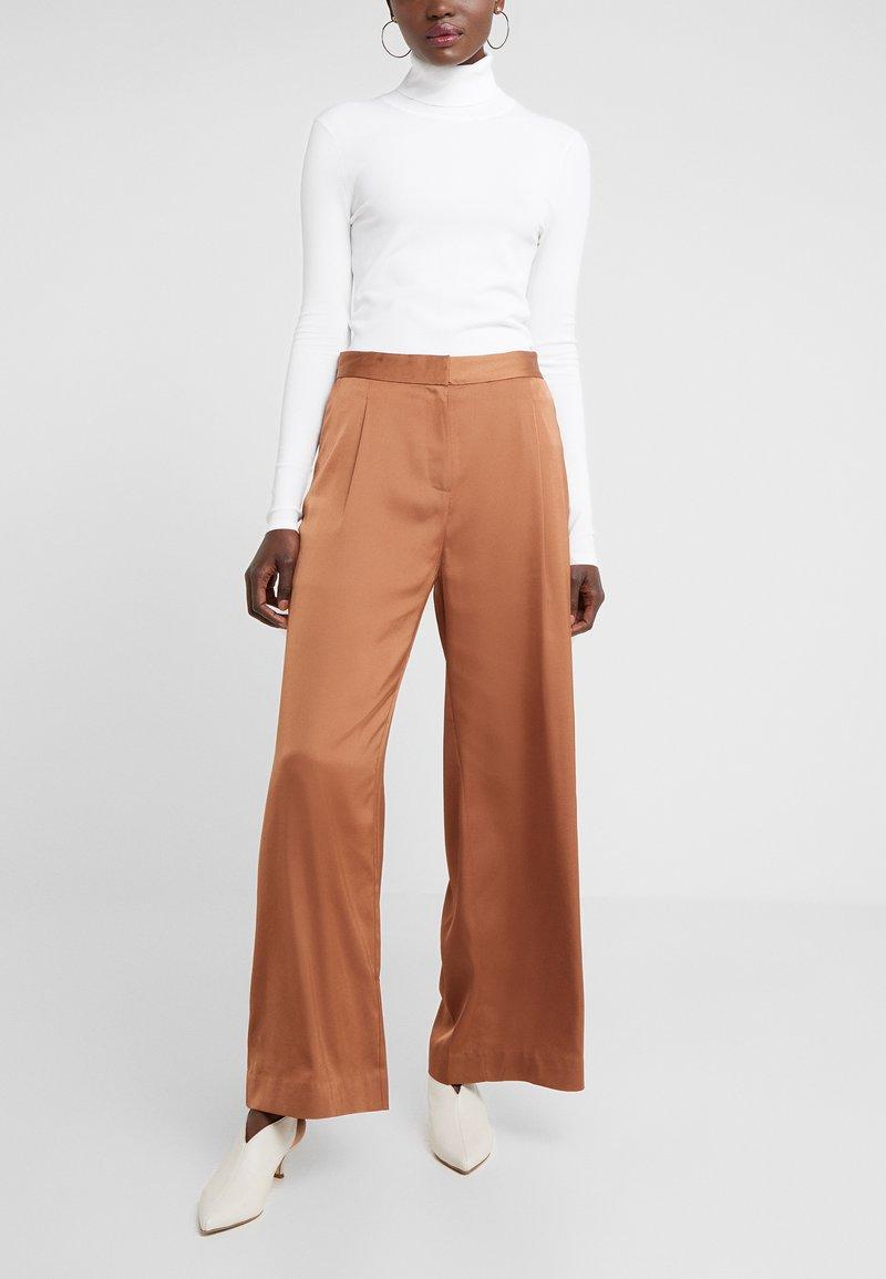 2nd Day - Pantaloni - brown