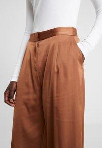 2nd Day - Pantaloni - brown - 5