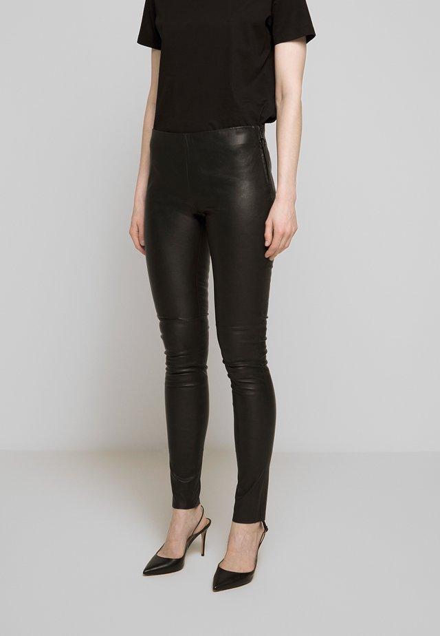 JILL - Spodnie skórzane - black