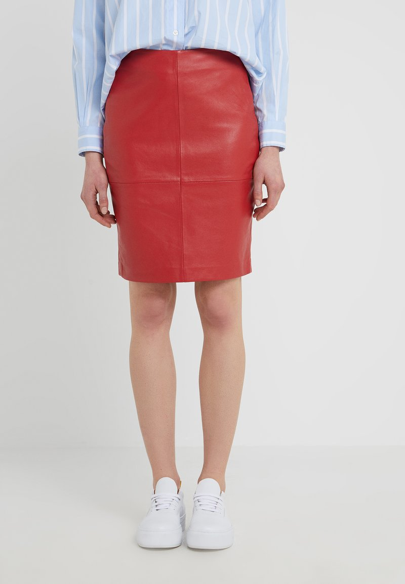 2nd Day - CECILIA - Pencil skirt - mars red