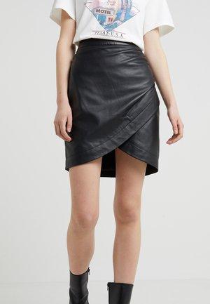 RUSSO - Pouzdrová sukně - black