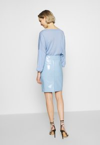 2nd Day - CECILIA - Pencil skirt - patent light blue - 2
