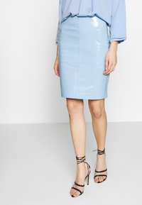 2nd Day - CECILIA - Pencil skirt - patent light blue - 0