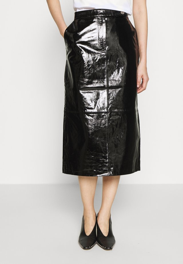 EDITION LAILA - Leather skirt - patent black