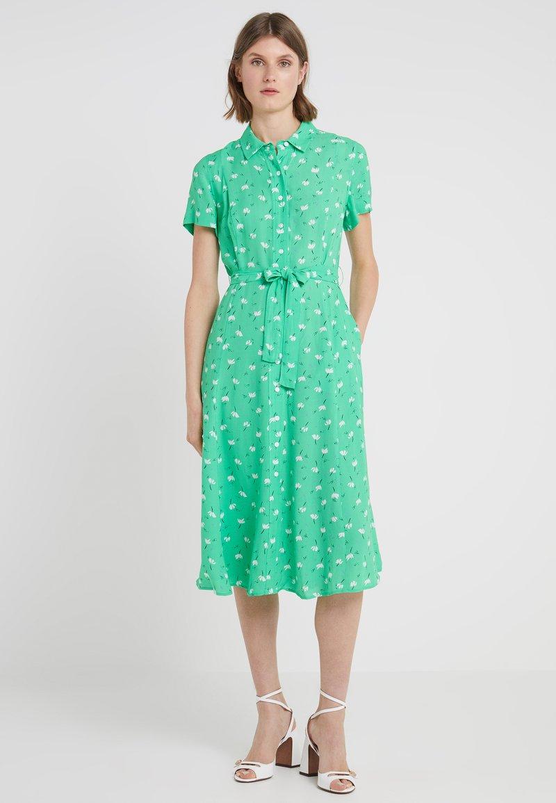 2nd Day - LIMELIGHT ANEMONE - Blusenkleid - irish green