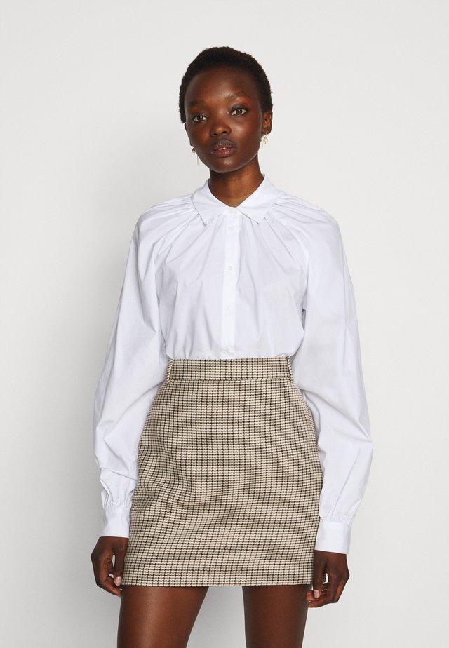 2ND ALVA THINK TWICE - Skjorte - bright white