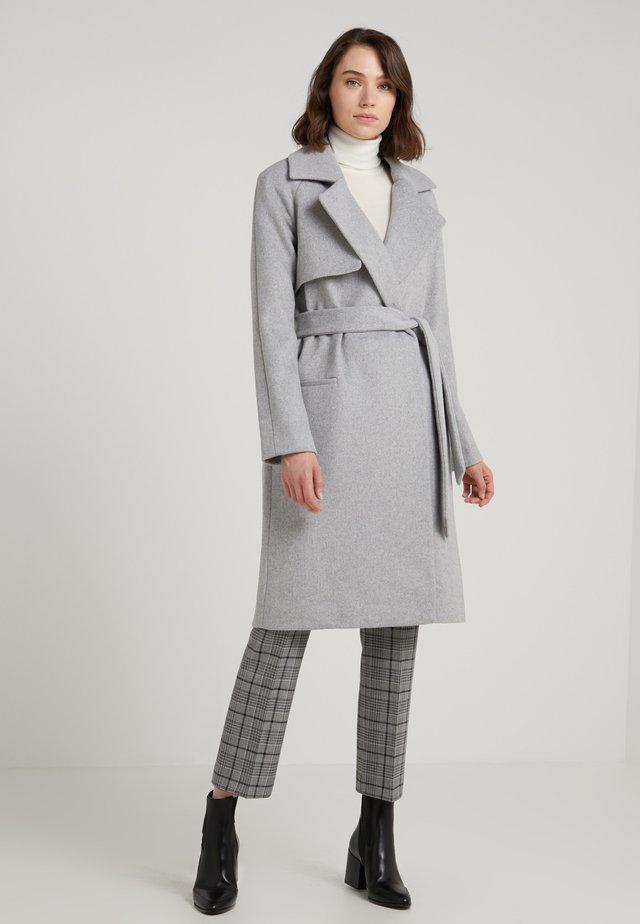 Płaszcz wełniany /Płaszcz klasyczny - light grey