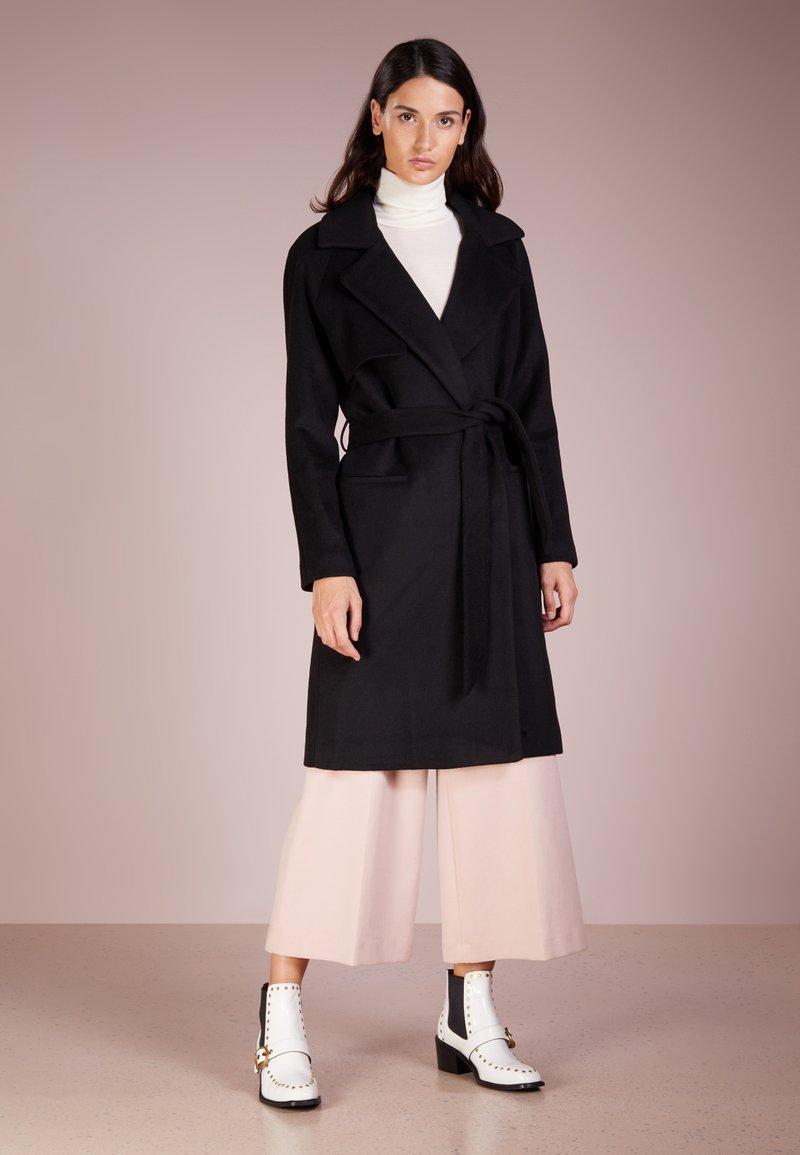 2nd Day - Zimní kabát - black