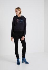 2nd Day - SALLY CROPPEDSAILOR - Jeans Skinny - black denim - 1