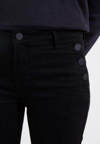 2nd Day - SALLY CROPPEDSAILOR - Jeans Skinny - black denim - 4