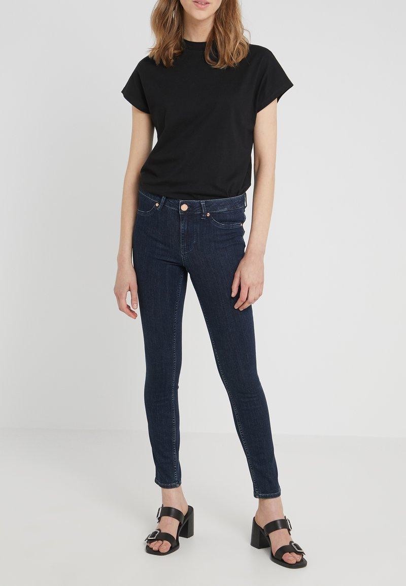 2nd Day - JOLIE CROPPED FELEX - Jeans Skinny Fit - dark blue