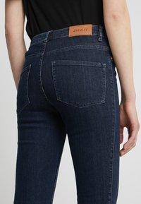 2nd Day - JOLIE CROPPED FELEX - Jeans Skinny Fit - dark blue - 5