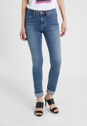 JOLIE THINKTWICE - Skinny džíny - light blue
