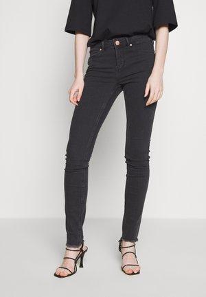 JOLIE THINKTWICE - Jeans Skinny Fit - grey denim