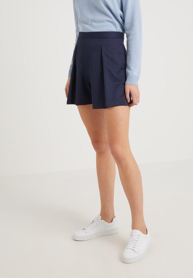 2nd Day - WINONA - Shorts - captain