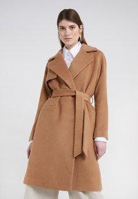 2nd Day - Zimní kabát - golden camel - 0