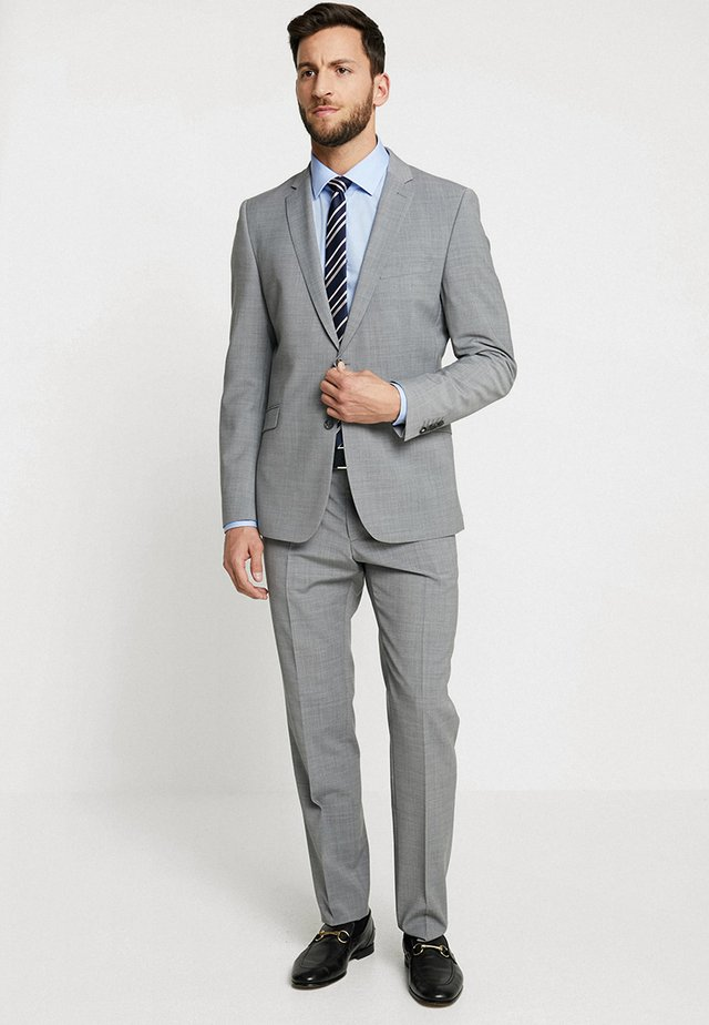Suit - light grey