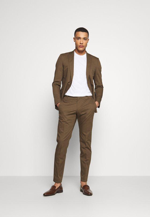 ARON MASER - Dress - brown