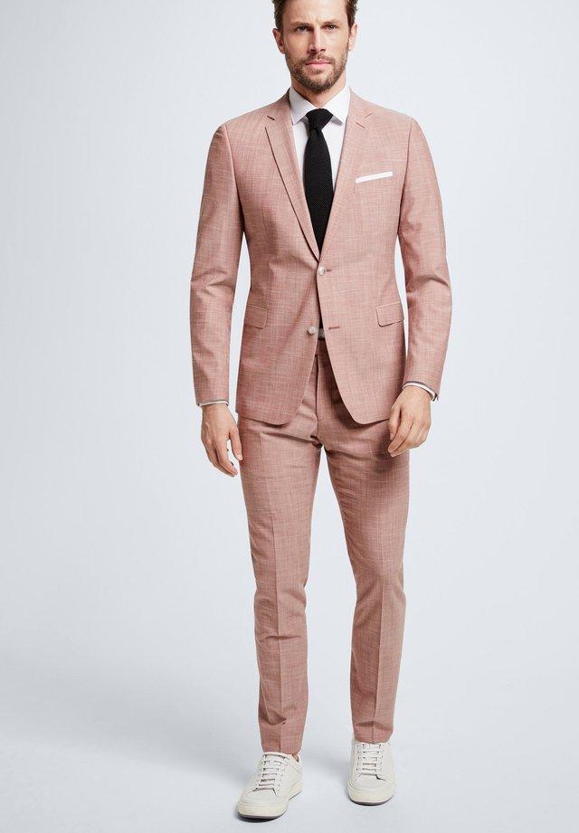 CALE MADDEN - Anzug - hellrot meliert