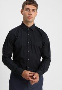 Strellson - SANTOS SLIM FIT - Košile - black - 0
