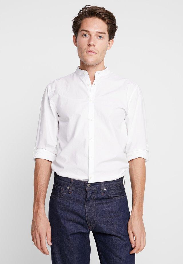 CONELL - Skjorte - white