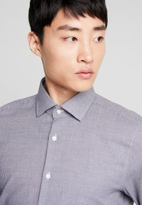 Strellson - SANTOS SLIM FIT - Formální košile - dark blue - 3