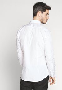 Strellson - SANTOS - Zakelijk overhemd - white - 2