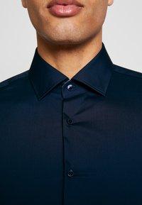 Strellson - SANTOS - Zakelijk overhemd - dark blue - 5