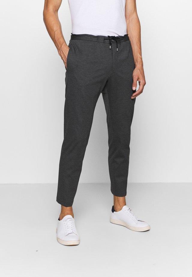 LUC TROUSER - Trousers - blue