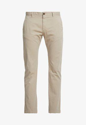 RYPTON - Pantalones chinos - medium beige