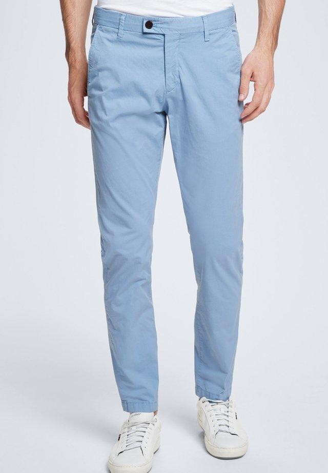 CODE - Trousers - pastellblau