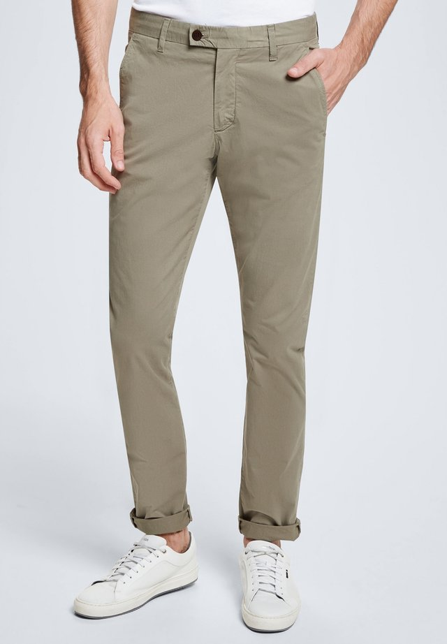 CODE - Trousers - washed oliv