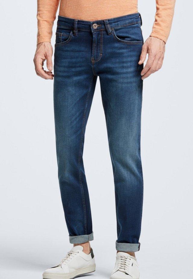 LIAM - Straight leg jeans - medium blue