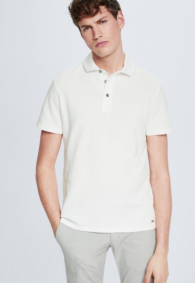 FISHER - Polo shirt - white