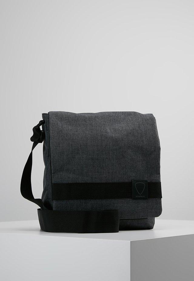 NORTHWOOD SHOULDERBAG - Olkalaukku - dark grey