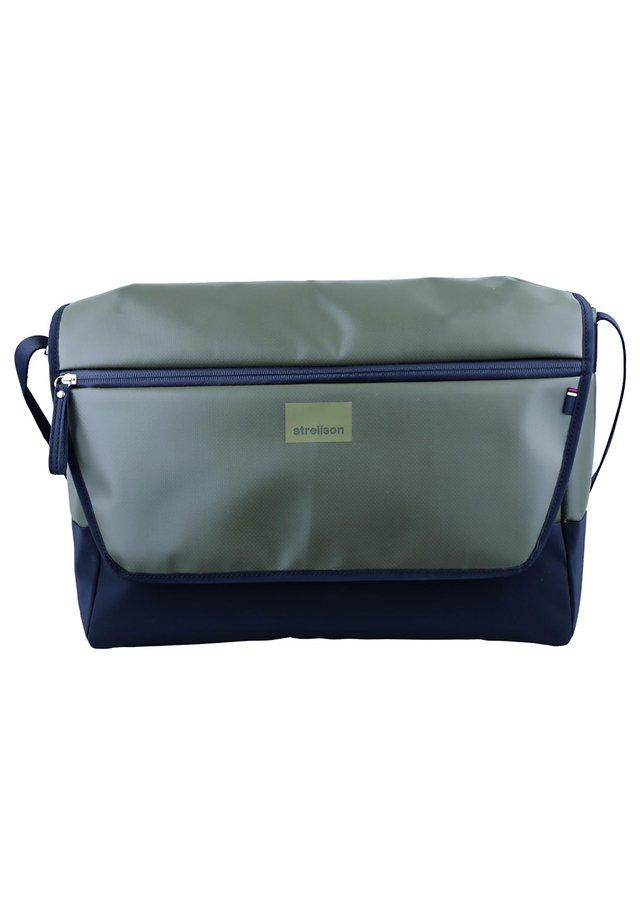 STOCKWELL MESSENGER  - Across body bag - khaki