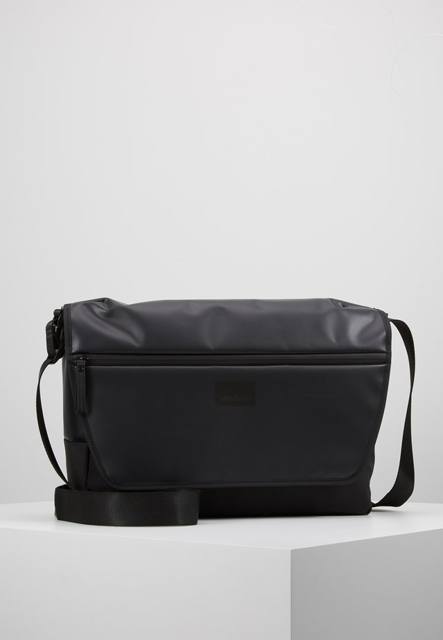 STOCKWELL MESSENGER  - Skuldertasker - black