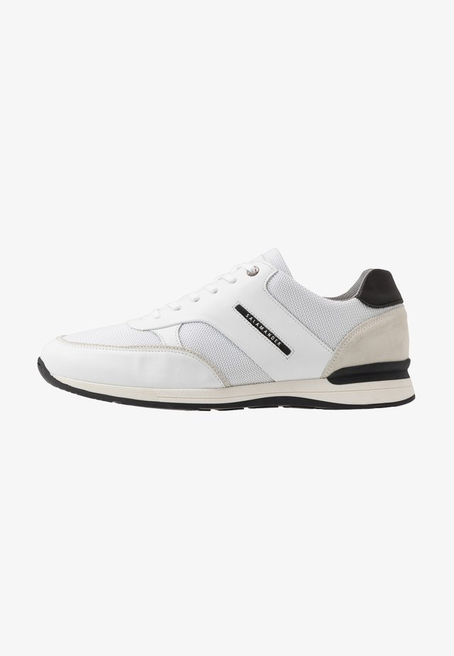 AVATO - Sneaker low - white