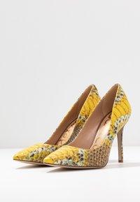 Sam Edelman - HAZEL - Lodičky na vysokém podpatku - yellow/multicolor - 4