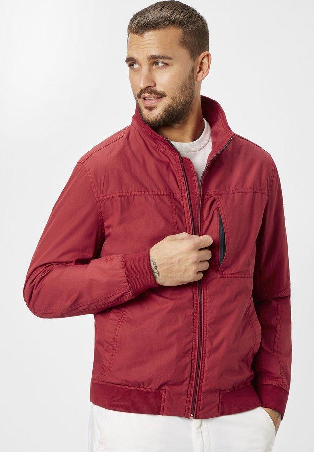 GOTLAND - Summer jacket - dk. red