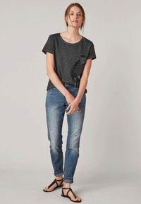 Triangle - MIT PAILLETTEN - T-Shirt print - black - 1