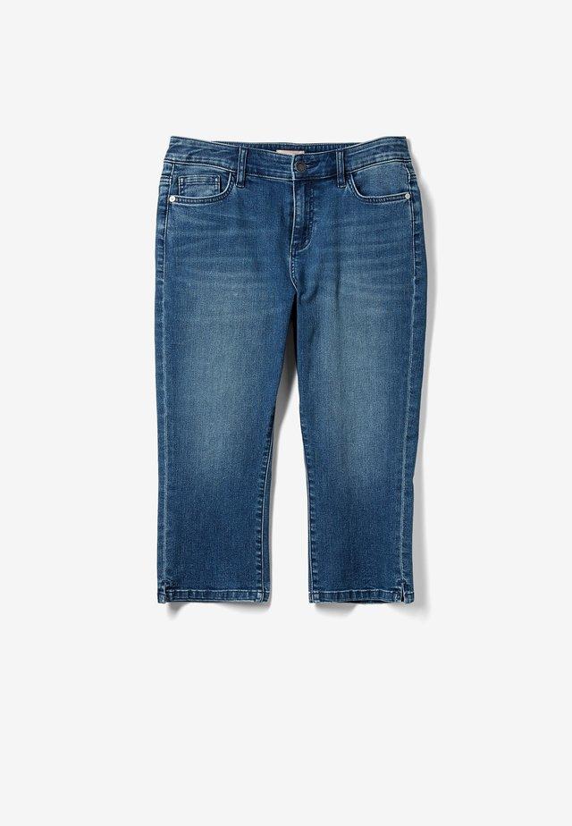 CAPRI - Jeans Shorts - dark blue