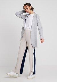 Stefanel - PANTALONE COLOR BLOCK - Spodnie materiałowe - base grey - 1
