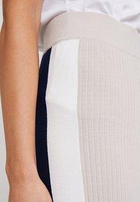 Stefanel - PANTALONE COLOR BLOCK - Spodnie materiałowe - base grey - 4