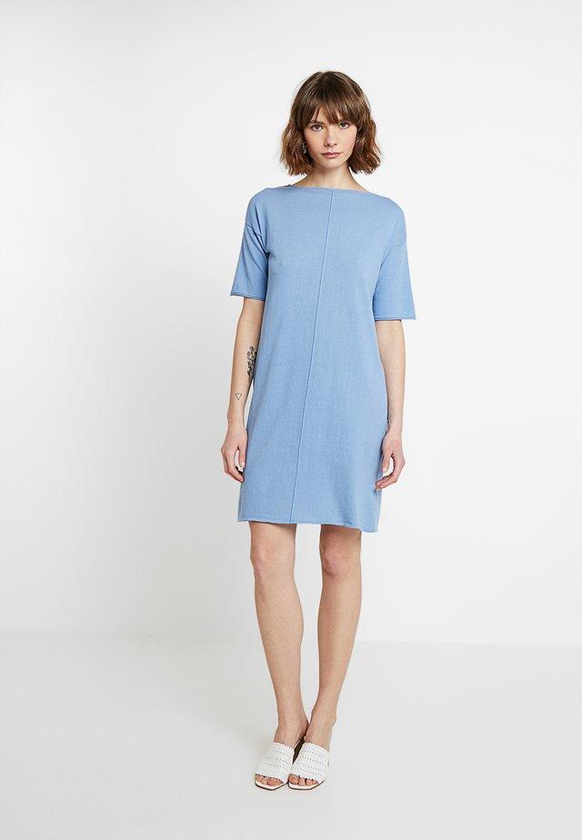 ABITO SCOLLO BARCHETTA - Sukienka dzianinowa - turquoise