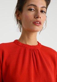 Stefanel - MAGLIA FANTASIA - Sweter - red - 3